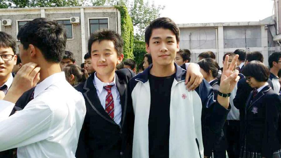 春的纪念 北京四中学生毕业留影图片